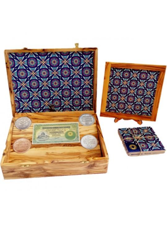 صندوق من خشب الزيتون بتصميم خاص