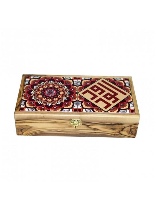 صندوق من خشب الزيتون
